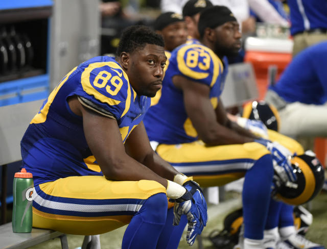 Jared Cook says the Raiders' relocation to Las Vegas isn't as volatile as the Rams' relocation from St. Louis to Los Angeles. (AP)