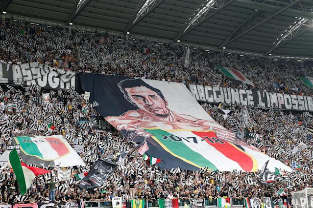 Soccer Football - Serie A - Juventus vs Hellas Verona - Allianz Stadium, Turin, Italy - May 19, 2018 Juventus fans display a banner in reference to Gianluigi Buffon before the match REUTERS/Stefano Rellandini