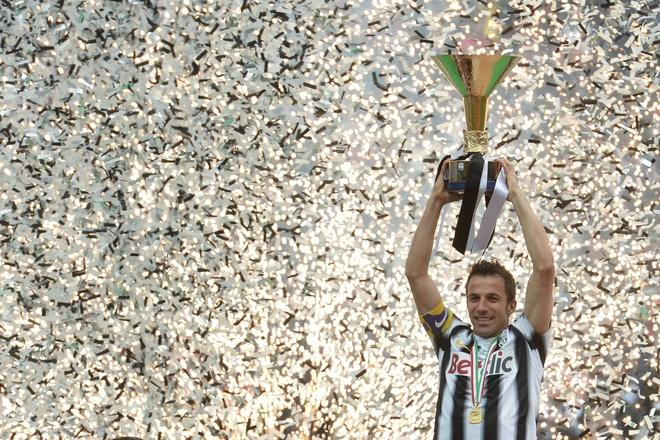 TOPSHOTS  Juventus' forward Alessandro Del Piero celebrates with his team winning the Italian Serie A trophy, the Scudetto, during a ceremony after their match against Atalanta on May 13, 2012 in Juventus stadium in Turin. Juve have officially won 28 titles due to having been stripped of their 2005 and 2006 successes for match-fixing and Del Piero's 19-year stay with the Old Lady Juventus  will come to an end this summer.    AFP PHOTO / GIUSEPPE CACACEGIUSEPPE CACACE/AFP/GettyImages