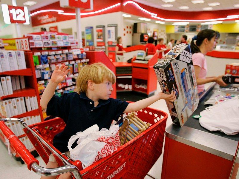 Target 3Q profit grows 15pc