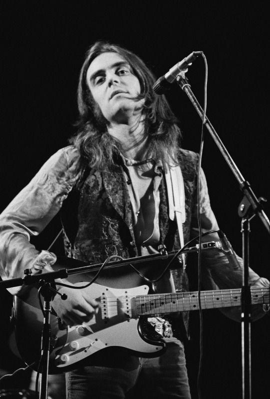 """<p>Jimmy Page once asked Terry Reid to be the singer for his """"New Yardbirds"""" project. Reid, thinking his solo career was about to take off, declined and suggested Robert Plant, and the combination became Led Zeppelin. Reid was also approached by the folks in Deep Purple, who needed a new lead singer after Rod Evans left the group. Again, Reid declined, and Ian Gillan joined just in time to become a """"Highway Star"""" and do some """"Space Truckin'"""" alongside the """"Smoke on the Water."""" Reid did make the first-rate solo album <i>River</i> and several other fine recordings, but he never became the iconic hard rock singer that would've landed him in the record books. </p>"""