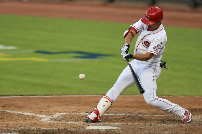 Opening impression: Moustakas leads Reds over Tigers 7-1