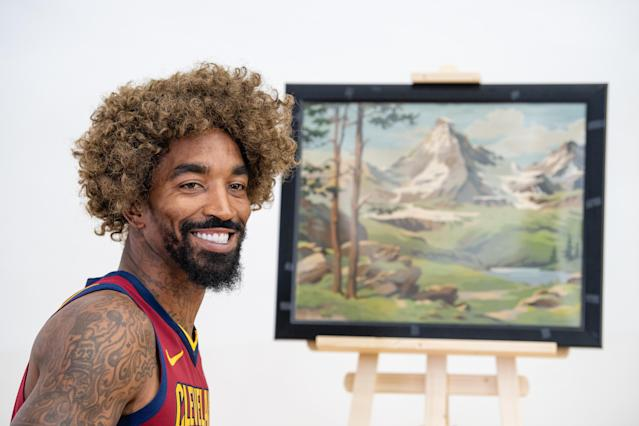 """<p>Cameraman: """"Hey, remember when you blew Game 1 of the NBA Finals.""""<br>J.R. Smith: """"<a href=""""https://www.youtube.com/watch?v=wCsO56kWwTc"""" rel=""""nofollow noopener"""" target=""""_blank"""" data-ylk=""""slk:We don't make mistakes, just happy little accidents."""" class=""""link rapid-noclick-resp"""">We don't make mistakes, just happy little accidents.</a>""""<br>(Getty Images) </p>"""