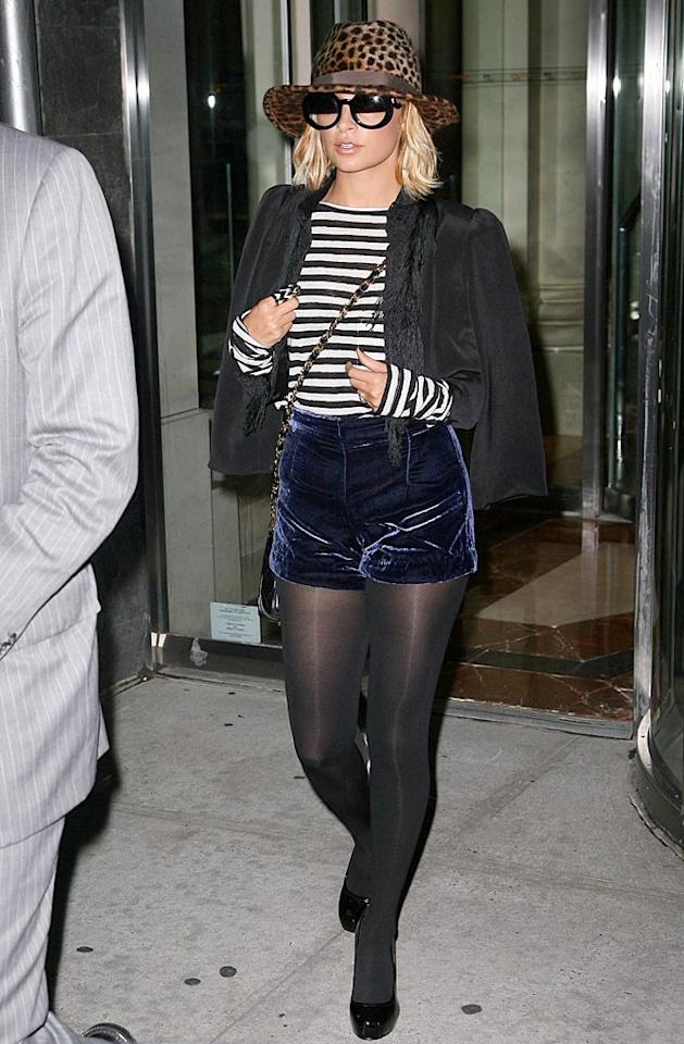 """Nicole Richie's latest novel is named """"Priceless."""" Too bad the same can't be said for this wardrobe malfunction. T/<a href=""""http://www.x17online.com"""" target=""""new"""">X17 Online</a> - September 29, 2010"""