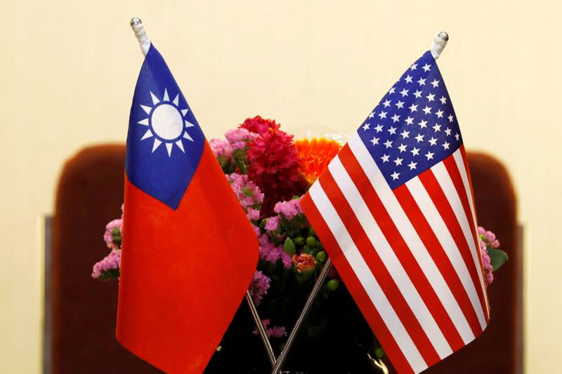FILE PHOTO: Flags of Taiwan and U.S. are placed for a meeting between U.S. House Foreign Affairs Committee Chairman Ed Royce speaks and with Su Chia-chyuan, President of the Legislative Yuan in Taipei