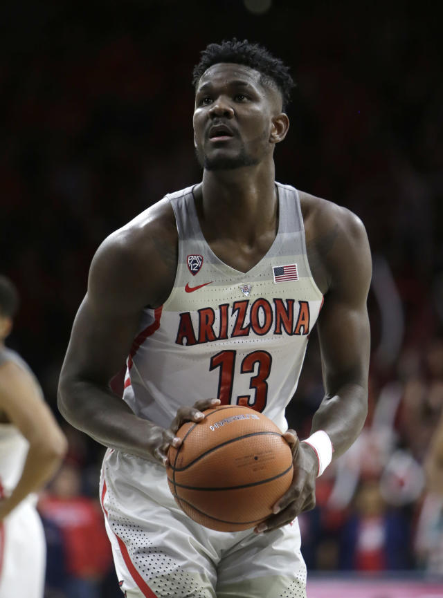 "Arizona freshman big man Deandre Ayton has the physical tools and nastiness to become the next <a class=""link rapid-noclick-resp"" href=""/nba/players/5464/"" data-ylk=""slk:Kristaps Porzingis"">Kristaps Porzingis</a>. (AP Photo/Rick Scuteri)"