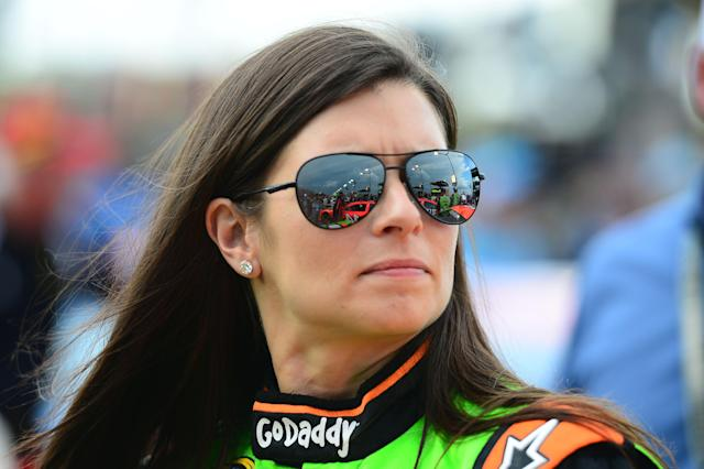 Danica Patrick finishes seventh at Kansas, her best Sprint Cup finish