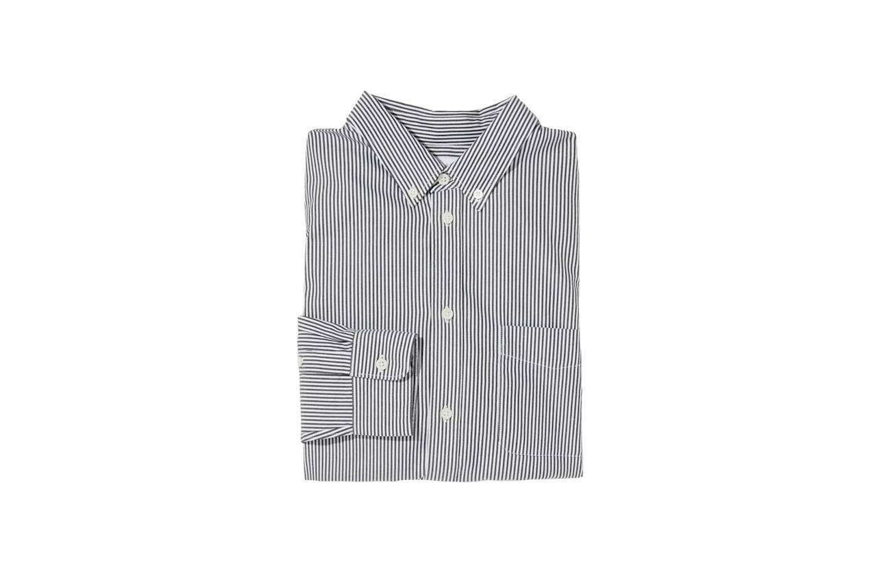 "$58, Everlane. <a href=""https://www.everlane.com/products/mens-air-oxford-shirt-blackwhitemid?collection=mens-today-only-sale"">Get it now!</a>"
