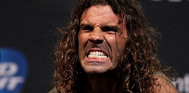 Clay Guida Demolishes Joe Lauzon with Vicious First Round TKO