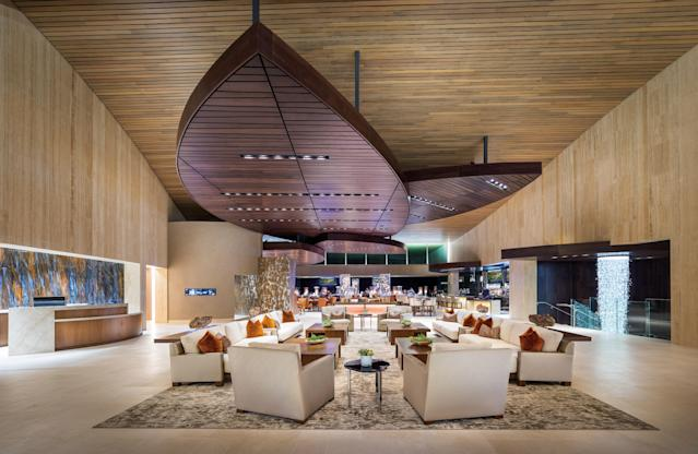 "<h1 class=""title"">Bighorn Golf Club clubhouse living room and Pour House Restaurant.jpg</h1> <div class=""caption""> The living room and bar inside Bighorn look more like a posh New York City nightclub than a golf clubhouse. </div> <cite class=""credit"">Mark_Davidson</cite>"