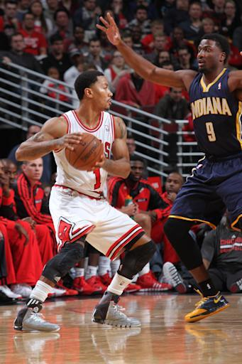 Rose, Bulls end Pacers' perfection with 110-94 win