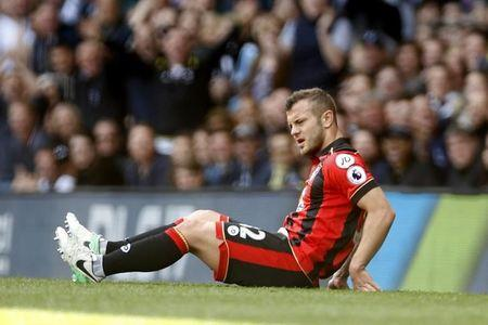 Bournemouth's Jack Wilshere sustains an injury