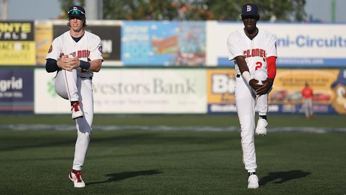 Mets prospects Brett Baty and Ronny Mauricio stretching while with Brooklyn Cyclones
