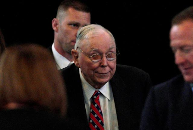 Charlie Munger, vice chairman of Berkshire Hathaway Inc arrives at the company's annual meeting in Omaha, Nebraska, U.S., May 5, 2018. REUTERS/Rick Wilking