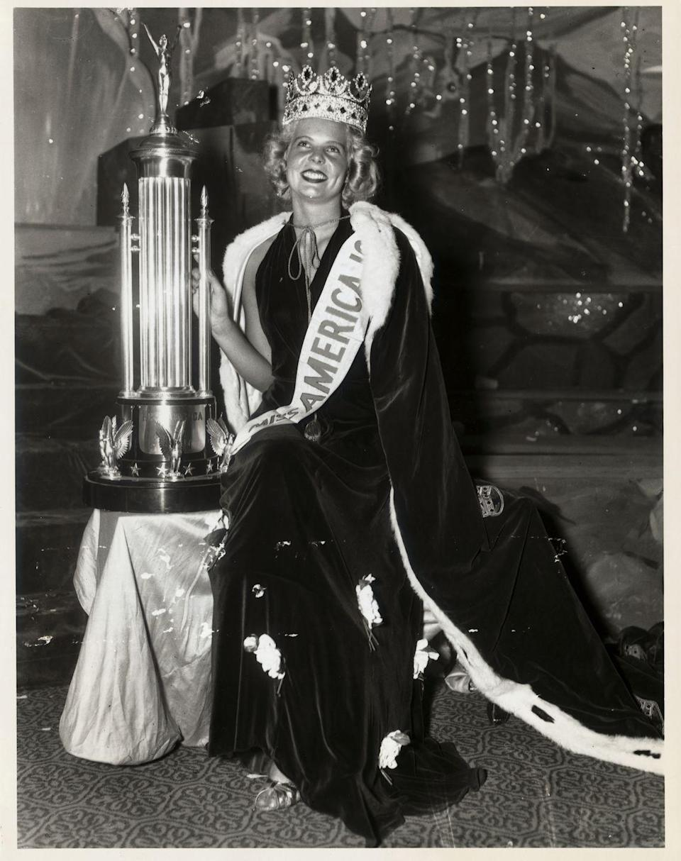 <p>Black velvet was huge in the '30s. Bette Cooper's dress perfectly matched the robe she won when she went from Miss New Jersey to Miss America. </p>