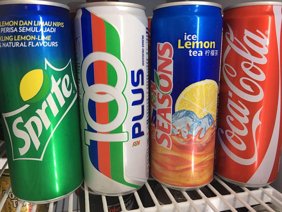 Soft drinks makers have agreed to cut the sugar in their products sold in Singapore as part of the war against diabetes, Prime Minister Lee Hsien Loong announced at the National Day Rally 2017 on Sunday (20 August). Photo: Yahoo News Singapore.