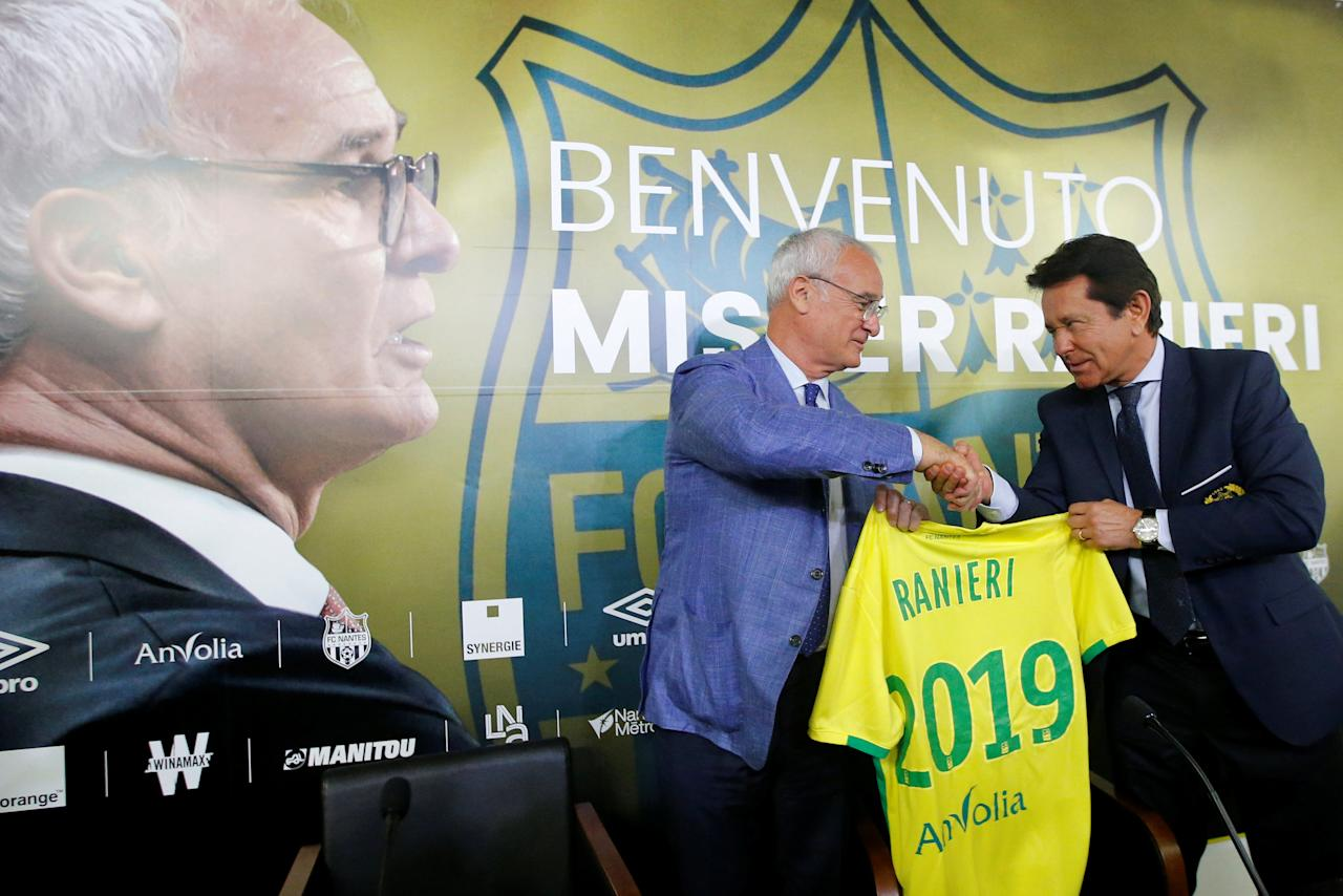 Nantes' club president Waldemar Kita and Nantes' new coach Claudio Ranieri shake hands after a news conference at the Beaujoire Stadium in Nantes, France June 26, 2017. REUTERS/Stephane Mahe