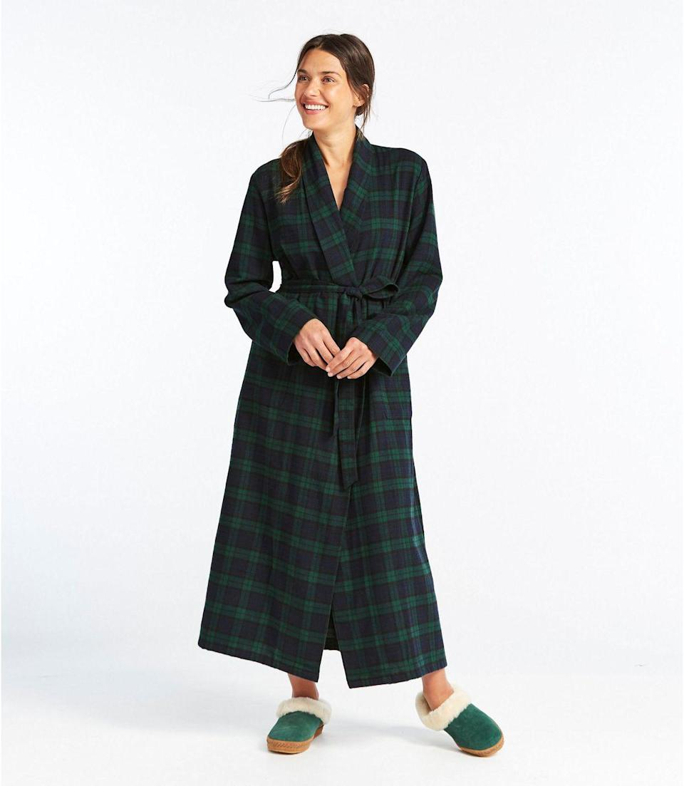 "<h2><a href=""https://www.llbean.com/llb/shop/118953"" rel=""nofollow noopener"" target=""_blank"" data-ylk=""slk:L.L. Bean Scotch Plaid Flannel Robe"" class=""link rapid-noclick-resp"">L.L. Bean Scotch Plaid Flannel Robe</a></h2> <br>Although flannel skews more towards the holiday season than the spring, depending upon where your mom lives (and how cold she tends to get) this super-soft plaid style is an absolute robe classic. <br><br>Oh, and an absolute customer favorite too: ""I love this robe. It's very soft. It fits great. And it's not overly warm which is a problem with some flannel robes. Just amazing."" <br><br><br><br><strong>L.L. Bean</strong> Scotch Plaid Flannel Robe, $, available at <a href=""https://go.skimresources.com/?id=30283X879131&url=https%3A%2F%2Fwww.llbean.com%2Fllb%2Fshop%2F118953"" rel=""nofollow noopener"" target=""_blank"" data-ylk=""slk:L.L. Bean"" class=""link rapid-noclick-resp"">L.L. Bean</a><br><br><br><br><br>"