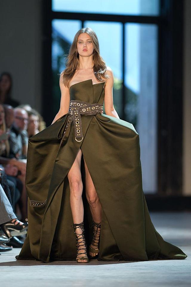 <p>Lindsey Wixson walks the runway during the Alexandre Vauthier Prive Haute Couture Fall/Winter 2016-2017 show in Paris, France. (Photo: Stephane Cardinale – Corbis/Corbis via Getty Images) </p>