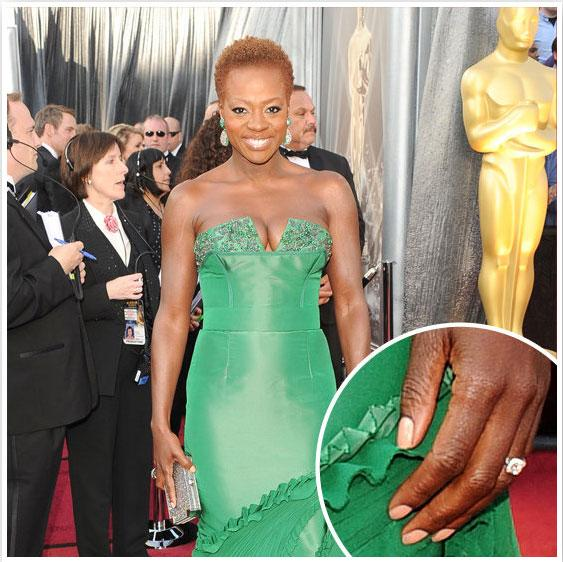 """<div class=""""caption-credit""""> Photo by: BellaSugar</div><div class=""""caption-title"""">Viola Davis: Her Oscars Nails</div>Viola Davis painted her nails a pretty peach that complemented her emerald green Vera Wang gown. <br>"""