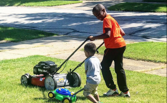 Reggie Fields,12, had the police called on him while mowing a neighbor's lawn. On July Fourth, the same couple called the police again. (Photo: Mr. Reggie's Lawn Cutting Service via Facebook)