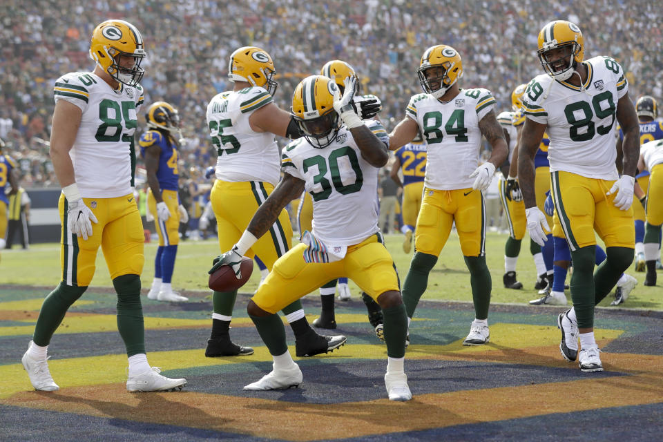 Green Bay Packers fans took over L.A. Coliseum for their team's game against the Los Angeles Rams. (AP)