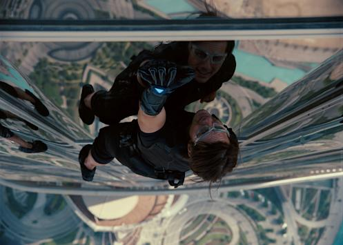 Tom Cruise injury shuts down 'Mission: Impossible 6' filming for 8 weeks