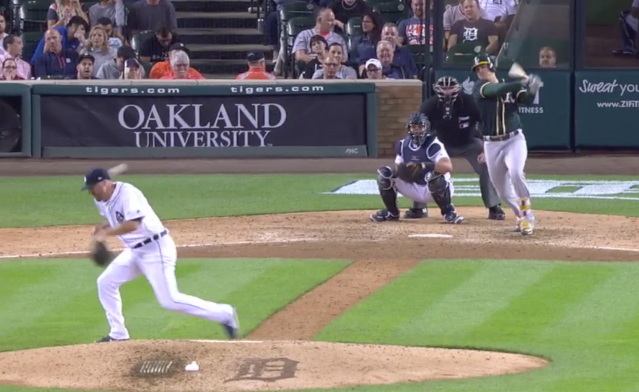 Jeff Ferrell took a liner off the side of his head. (MLB.tv)