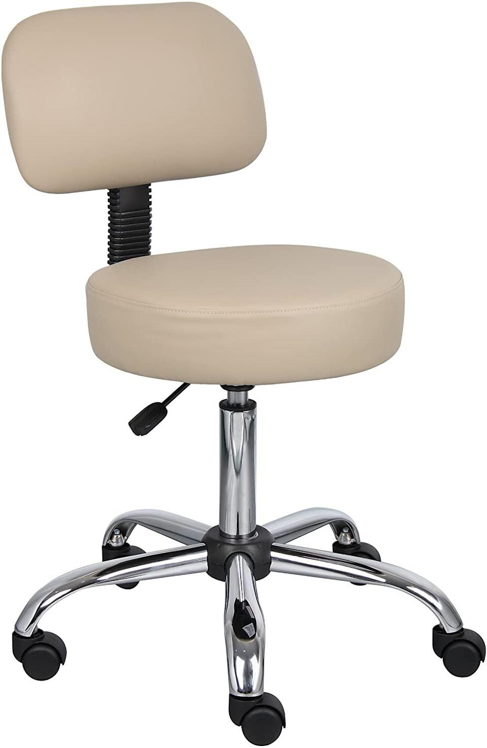 """<h2>Boss Office Products Be Well Medical Spa Stool With Back</h2><br><strong>Best For: Spine Alignment</strong><br>For firmer support that comes tattoo-artist approved, this stool-style wheely chair is your WFH savior — its upright design mimics the natural shape of your spine for increased comfort. <br><br><strong>The Hype:</strong> 4.7 out of 5 stars and 7,007 reviews on <a href=""""https://amzn.to/35lYvnb"""" rel=""""nofollow noopener"""" target=""""_blank"""" data-ylk=""""slk:Amazon"""" class=""""link rapid-noclick-resp"""">Amazon</a><br><br><strong>Comfy Butts Say: </strong>""""I'm a tattoo artist, so I spend all day sitting in these types of chairs. I was looking for something fairly inexpensive but comfortable and sturdy. Most tattoo chairs run from $150-300 dollars — bought this one for $55 bucks and it's perfect for what I do. Comfortable large seat. Nice back support. Glad I found this on here. Good price.""""<br><br><strong>Boss Office Products</strong> Be Well Medical Spa Stool with Back, $, available at <a href=""""https://amzn.to/2yfBg1O"""" rel=""""nofollow noopener"""" target=""""_blank"""" data-ylk=""""slk:Amazon"""" class=""""link rapid-noclick-resp"""">Amazon</a>"""