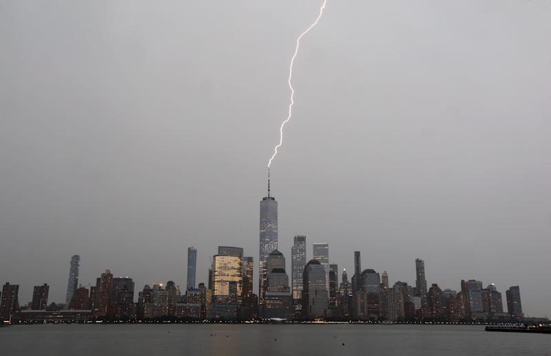 A new storm is brewing over New York City's dirty electricity. (Gary Hershorn via Getty Images)