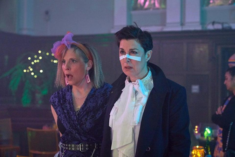 Mel Giedroyc as Jamie and Sue Perkins as Fran from Hitmen: Reloaded (Sky UK Limited/Alison Painter/PA)