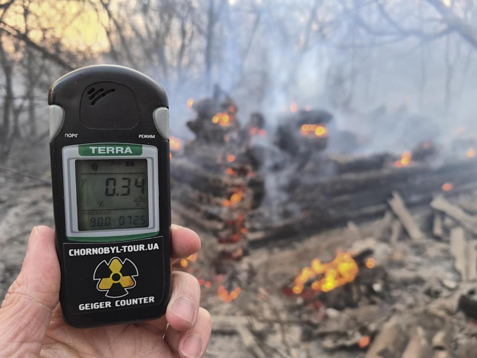 Geiger counter shows increased radiation level in exclusion zone around Chernobyl: AP