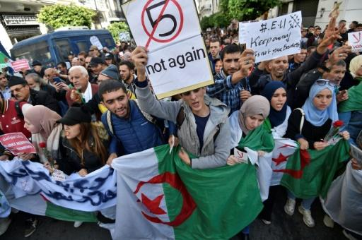 Algerian protesters have rejected all five presidential candidates, citing their links to former long-ruling leader Abdelaziz Bouteflika