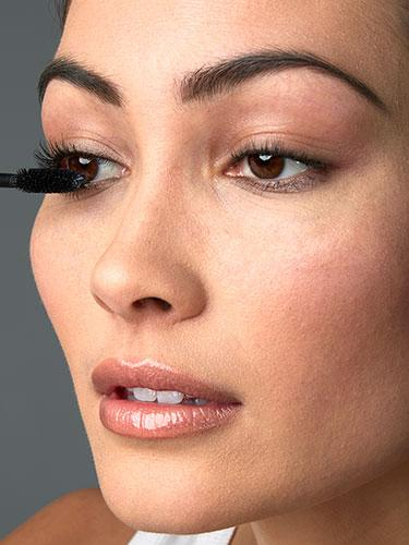 """<div class=""""caption-credit""""> Photo by: Brian Doben</div><div class=""""caption-title"""">Step 3</div>Smush your mascara wand right in your lash base, shimmy it a few times, then pull it through, lifting it up and in toward your nose. <br> <br> <b>More from REDBOOK: <br></b> <ul>  <li>  <a rel=""""nofollow"""" target="""""""" href=""""http://www.redbookmag.com/beauty-fashion/tips-advice/date-hair?link=rel&dom=yah_life&src=syn&con=blog_redbook&mag=rbk""""><b>50 Knockout Date-Night Hairstyles</b></a>  </li>  <li>  <a rel=""""nofollow"""" target="""""""" href=""""http://www.redbookmag.com/love-sex/advice/dates-america?link=rel&dom=yah_life&src=syn&con=blog_redbook&mag=rbk""""><b>The 50 Best Dates in the 50 States</b></a><a rel=""""nofollow"""" target="""""""" href=""""http://www.redbookmag.com/love-sex/advice/dates-america?link=rel&dom=yah_life&src=syn&con=blog_redbook&mag=rbk""""><b><br></b></a>  </li> </ul>"""