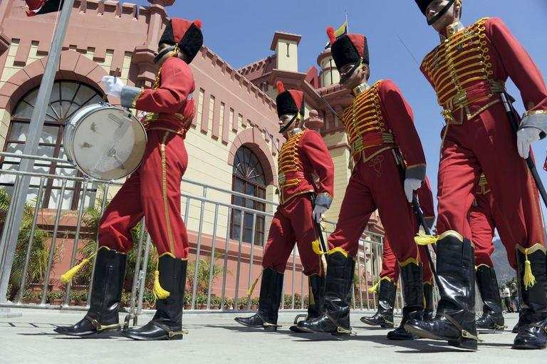 Members of the Honor Guard parade in front of the Mountain Barracks  in Caracas, on March 28, 2013