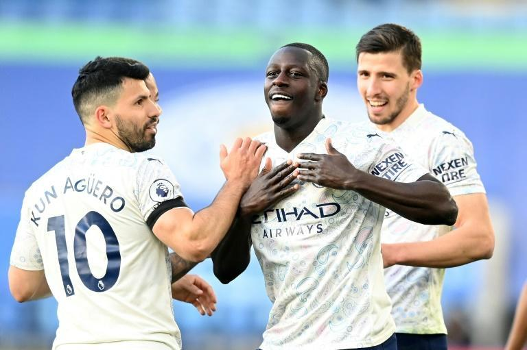 Benjamin Mendy (centre)scored just his second Manchester City goal against Leicester