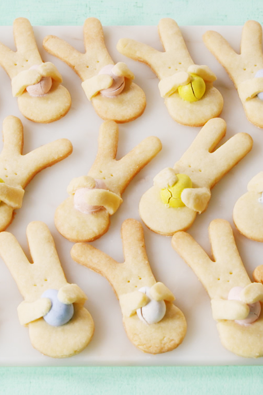 """<p>It takes just 10 minutes to prep these adorable hugging bunnies (and yes, those are Cadbury chocolates!).</p><p><em><a href=""""https://www.delish.com/cooking/recipe-ideas/a19447911/bunny-hug-cookies-recipe/"""" rel=""""nofollow noopener"""" target=""""_blank"""" data-ylk=""""slk:Get the recipe from Delish»"""" class=""""link rapid-noclick-resp"""">Get the recipe from Delish»</a></em></p>"""