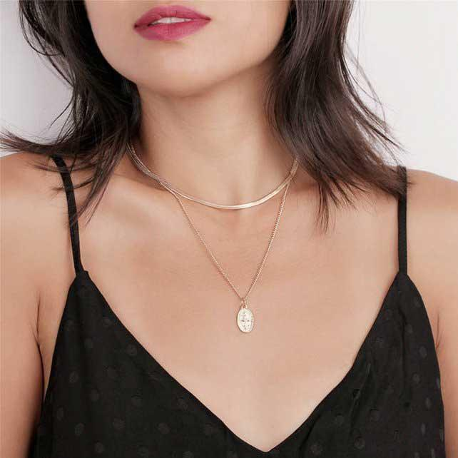 "<p>Dainty Gold Snake Chain Choker, $7.20, <a href=""https://fave.co/2PtiCXT"" rel=""nofollow noopener"" target=""_blank"" data-ylk=""slk:etsy.com"" class=""link rapid-noclick-resp"">etsy.com</a> </p>"