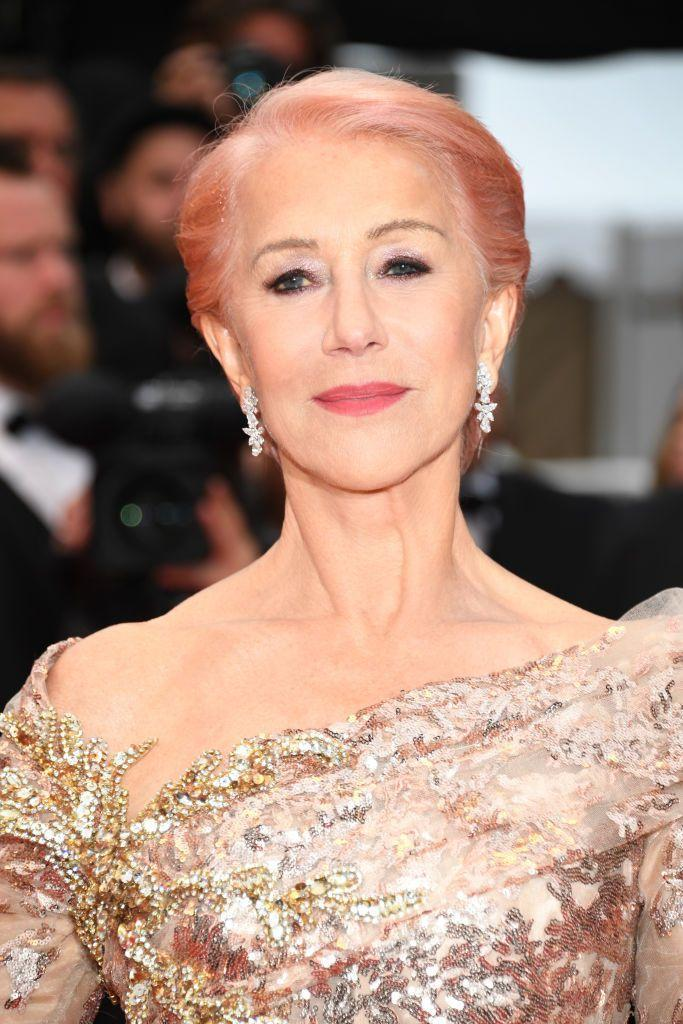 <p><strong>Helen Mirren</strong> proves that you can rock a peach shade at any age. This shade gave her look effortless edge.</p>