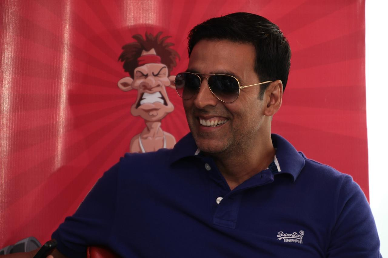 "<p>No. 10: Akshay Kumar<br />Past year's earnings: $35.5 million<br />This Bollywood heavyweight drew in some big bucks with the four films he appeared in during the period <i>Forbes</i> tracked. He's likely to fare well on next year's list, too, thanks to the recently released <em>Toilet – <a rel=""nofollow"">Ek Prem Katha</a></em>, screening both in India and theatres across North America, that has grossed $22.7 million in two weeks.<br /> (Yahoo Celebrity India) </p>"