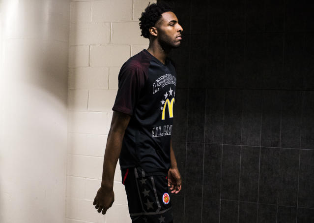 Mitchell Robinson withdrew from the NBA Combine on Wednesday. (Austin Anthony/Daily News via AP)