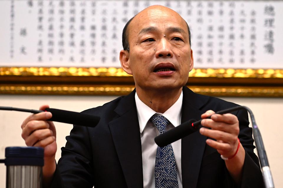 Kaohsiung Mayor Han Guo-Yu adjusts the microphone during a press conference after meeting with Chairman of Taiwans main opposition Kuomintang (KMT) Wu Den-yih in Taipei in April 30, 2019. (Photo by Sam YEH / AFP)        (Photo credit should read SAM YEH/AFP via Getty Images)