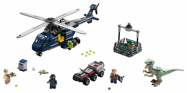 <em>Jurassic World</em> Blue's Helicopter Pursuit <strong> </strong>(Image: Lego)