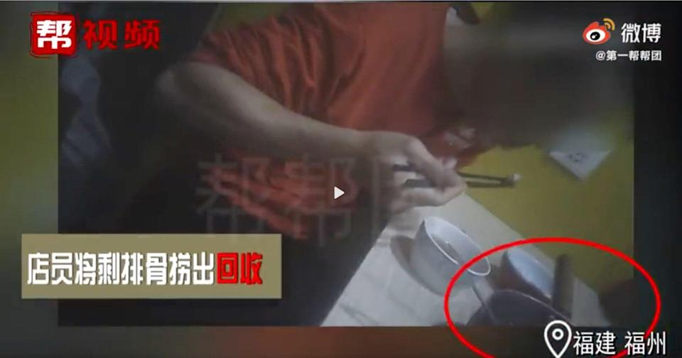A screen grab from an undercover investigation by Fujian Television showing two of China's most popular congee chain restaurants reusing leftover food and other unhygienic practices. Photo: Fujian Television