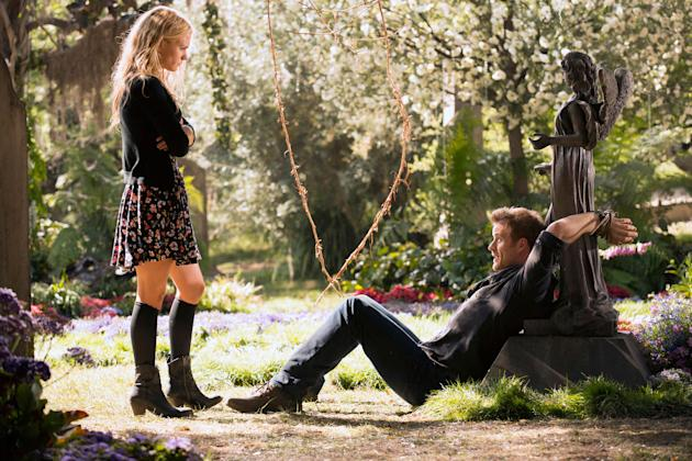 Anna Paquin as Sookie and Rob Kazinsky as Warlow in 'True Blood'