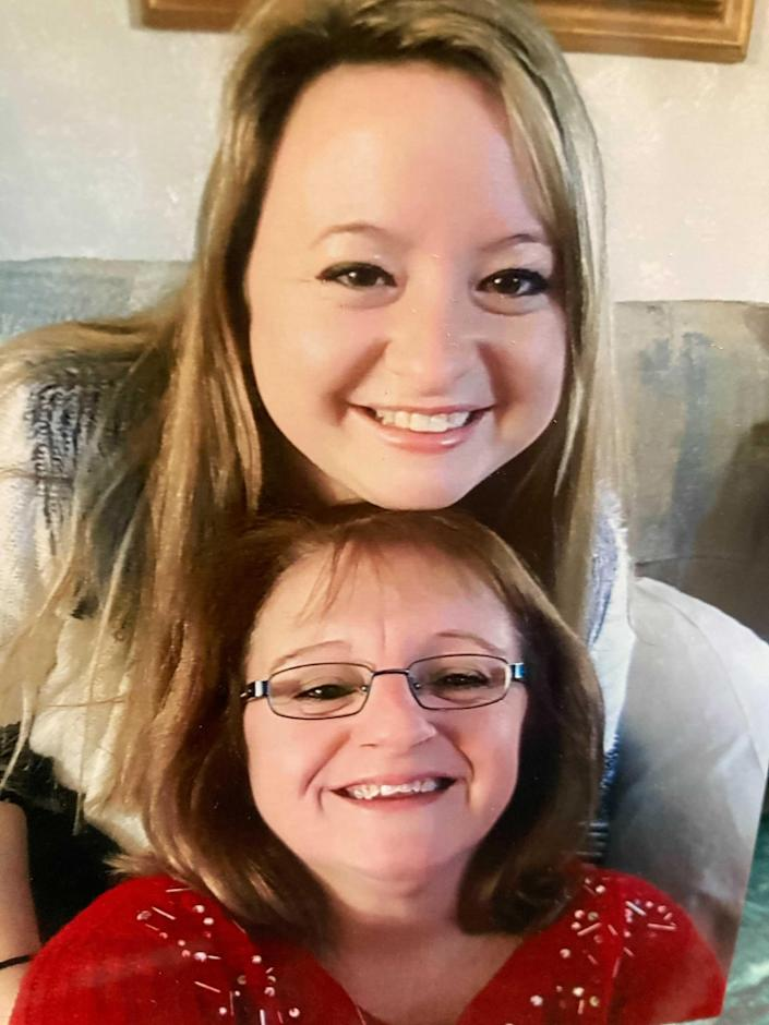 Image: Samantha and Jeaneen Wendell (Courtesy Jeaneen Wendell)