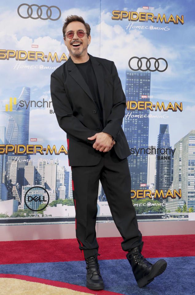"<p><a rel=""nofollow"" href=""https://www.yahoo.com/movies/tagged/robert-downey-jr"">Robert Downey Jr.</a> kicks up his heels at the <a rel=""nofollow"" href=""https://www.yahoo.com/movies/film/spider-man-homecoming""><em>Spider-Man: Homecoming</em></a> premiere at TCL Chinese Theatre on June 28, 2017, in Hollywood. (Photo: Eric Charbonneau/Invision/AP Images) </p>"