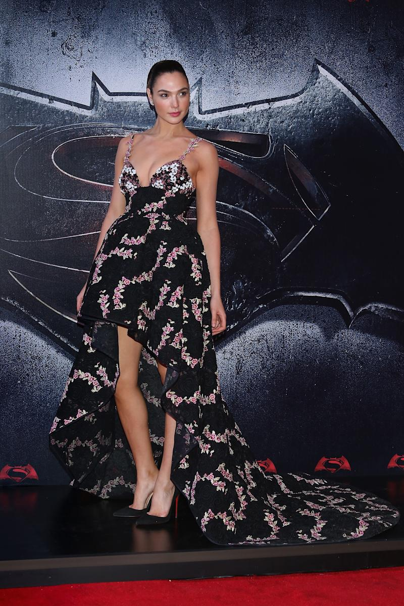 89c6aff04a Proof That Kristen Wiig Is Perfect For Wonder Woman 2 Villain ...