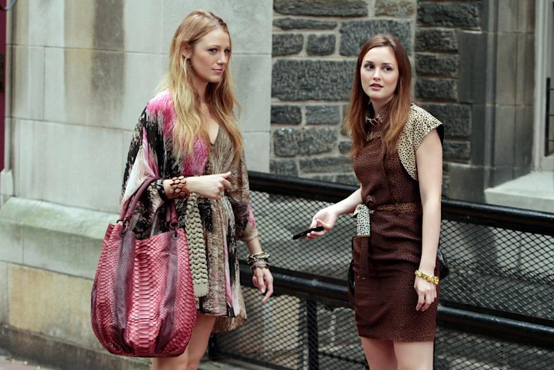 GOSSIP GIRL, (from left): Blake Lively, Leighton Meester, 'The Undergraduates', (Season 4, ep. 403, aired Sept. 27, 2010). 2007-. photo: Giovanni Rufino / The CW / Courtesy Everett Collection