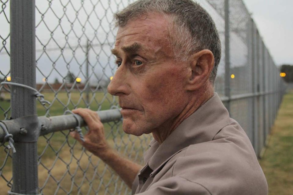 """<p>Based on the case of novelist Michael Peterson, this docuseries tells the story of his wife's death in 2001, which he claimed was accidental, though a medical examiner later determined that she had been beaten to death. The series, which began with eight installments in 2005 before being updated in 2013 and 2018, follows the investigation from Peterson's arrest to the ensuing trial and eventual verdict. </p> <p>Watch <a href=""""http://www.netflix.com/title/80233441"""" class=""""link rapid-noclick-resp"""" rel=""""nofollow noopener"""" target=""""_blank"""" data-ylk=""""slk:The Staircase""""><strong>The Staircase</strong></a> on Netflix now.</p>"""